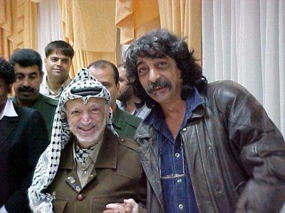 Nazim Khalfa avec Yasser Arafat {JPEG}